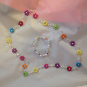 Necklace w/Bracelet for your Young Person